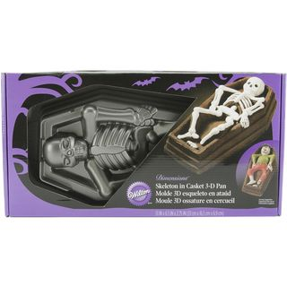 WIlton Cake Pan 3D Skeleton Casket